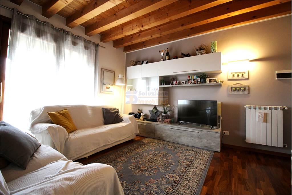 Soluzione Immobiliare Jesolo | DUPLEX CON 3 CAMERE E POSTO AUTO ...